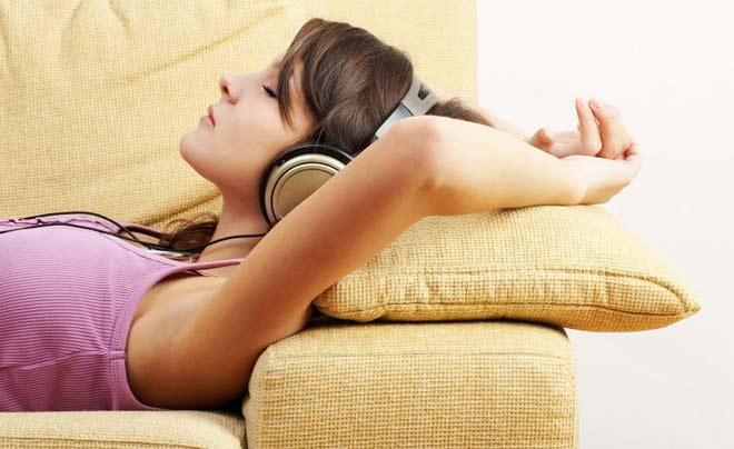 A qualquer momento, a música é uma boa dose de revigoramento e inspiração.