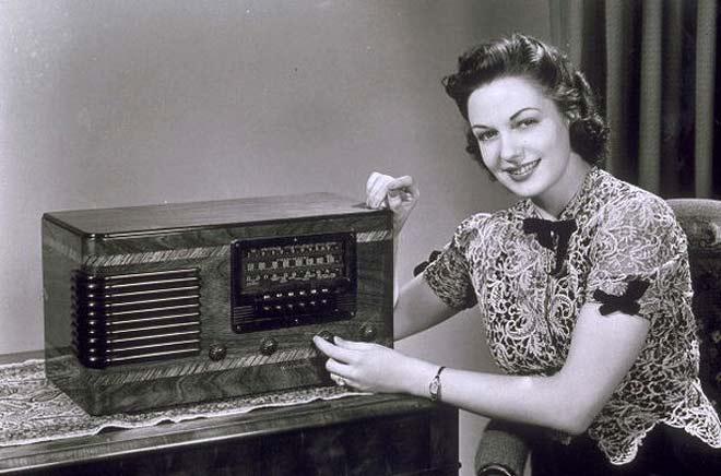 A primeira transmissão de rádio no Brasil ocorreu em 1922 e apenas 80 aparelhos transmitiram o programa.