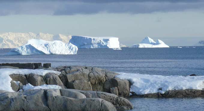 A desolada e congelada Antártida (Foto: Pixabay)