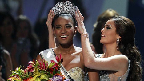 Leila Lopes Miss 2011