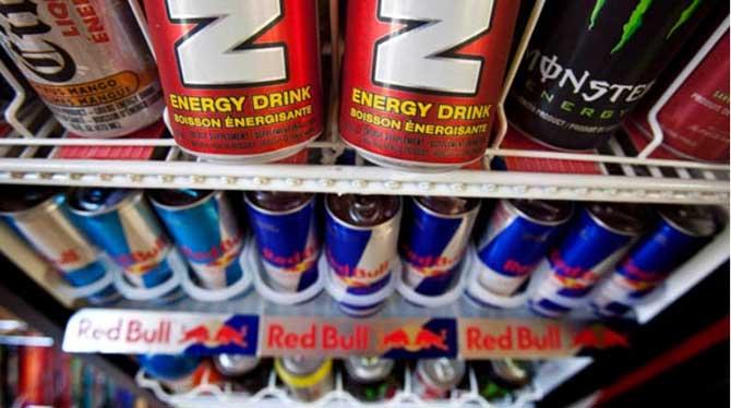 A cafeína presente nos energéticos podem causar problemas na nossa saúde