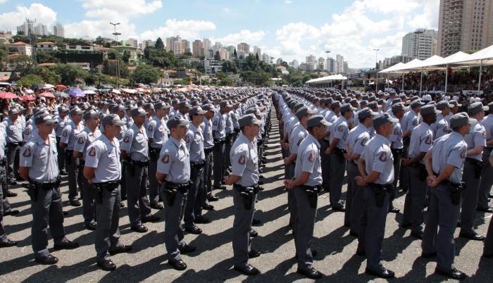 Policia_Militar_formatura_400