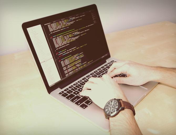 Através de programas mal intencionados outra pessoa consegue monitorar seu computador.