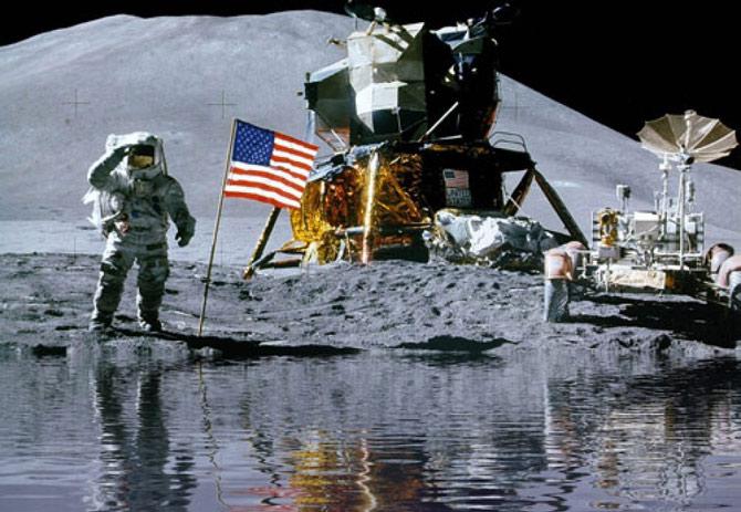 Seria possível encontrar água na lua? (Foto: Montagem/Reprodução)