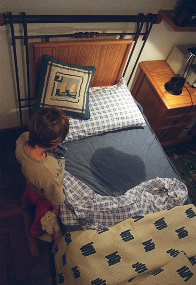 criança-xixi-na-cama
