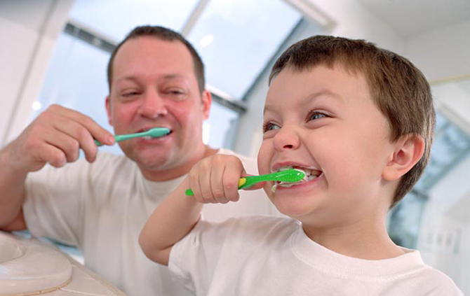 Quando as cerdas começarem abrir é hora de trocar a escova.