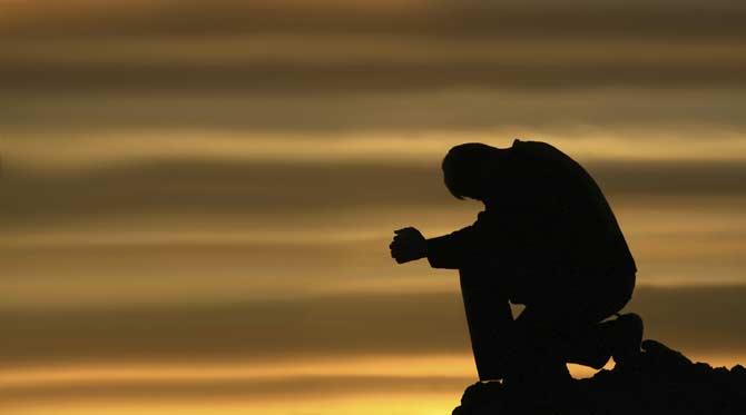 Para evitar a ansiedade, para o fóbico social, estar sozinho é sempre a melhor opção.