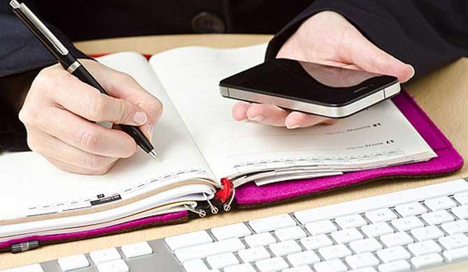 Marcar seus horários em uma agenda irá te ajudar a ser mais pontual.