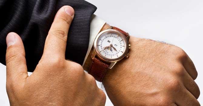 A falta de pontualidade pode ser um problema pra você na hora de conseguir um emprego.