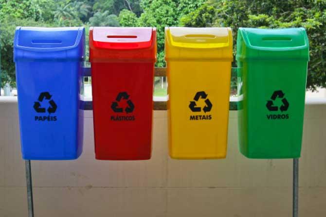A reciclagem é um dos melhores métodos de preservar o meio ambiente.