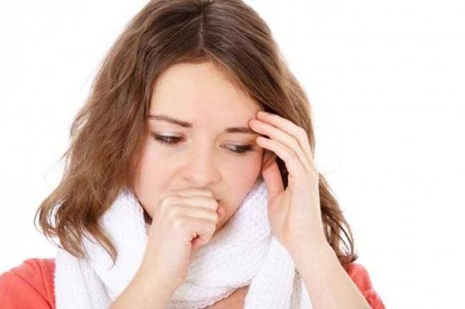 Entre os sintomas, o mais fácil de se notar é a tosse continua.
