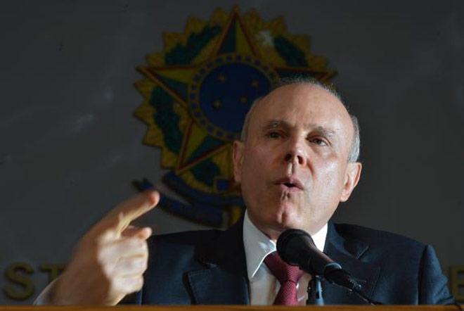 Guido Mantega revela os dados do crescimento do PIB brasileiro