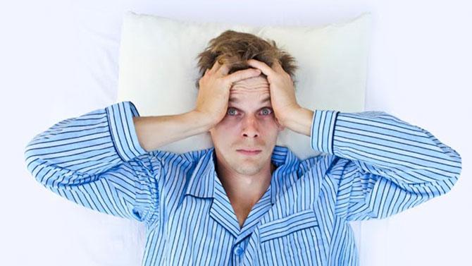O cansaço e o estresse são os dois principais causadores das olheiras.