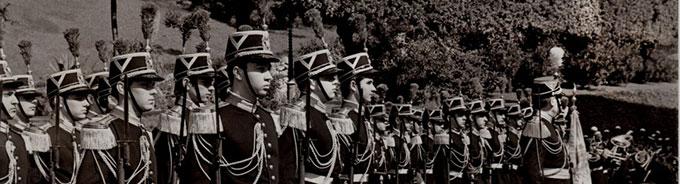 cropped-conte-fernando-crociani-guardia-palatina-vaticano-19-maggio-1966-cerimonia-del-giuramento-di-fedeltc3a0-a-s-s-papa-paolo-vi