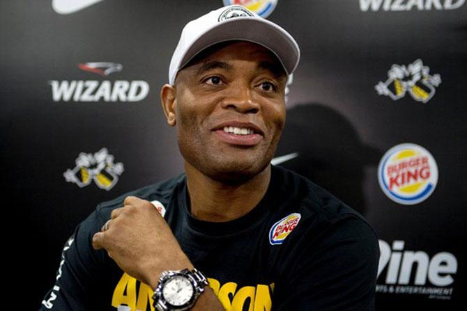 Anderson Silva não luta desde
