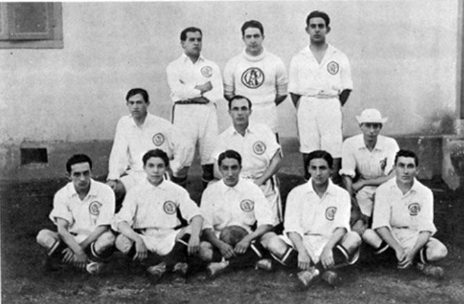 O Paulistano foi o predecessor do São Paulo Futebol Clube.