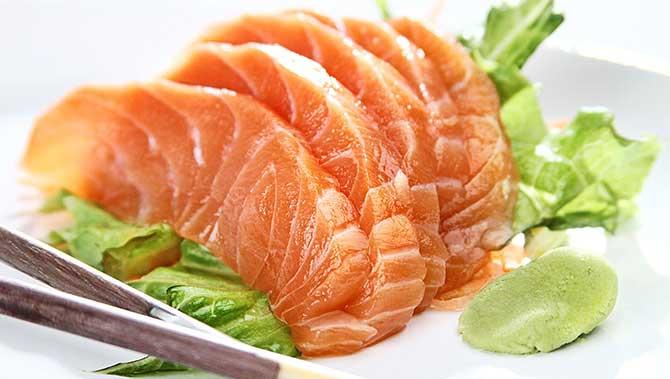Se for pedir alguma prefira o sashimi.