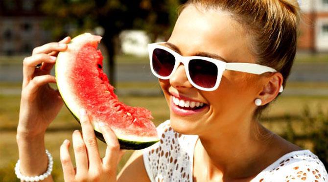 A melancia é um excelente alimento para quem quer se manter mais jovem