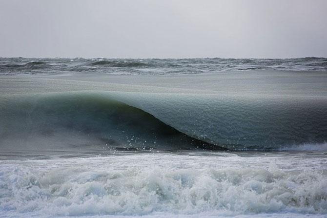 Responsável pelas fotos foi o fotógrafo e surfista Jonathan Nimerfroh