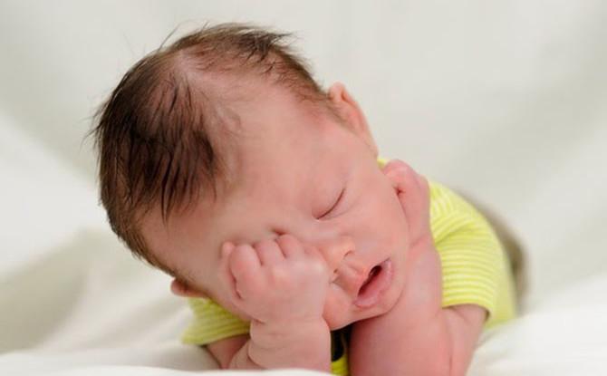 O tempo máximo que uma pessoa consegue ficar acordado varia muito