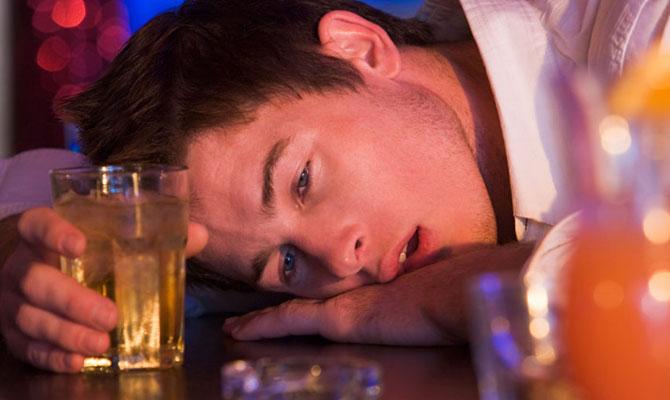 Descubra porque o bêbado tem 'memória curta' (Imagem: Reprodução)