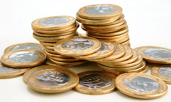 Felizmente você nunca será morto por uma moeda arremessada do alto de um prédio (Imagem: Reprodução)