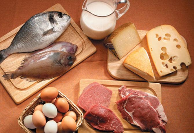 Os alimentos mais indicados para quem quer ter cabelos mais saudáveis são os ricos em proteínas (Imagem: Reprodução)