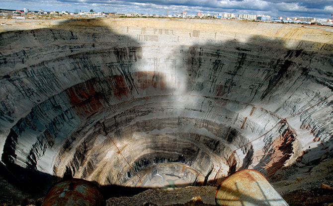 A mina rendia 10 milhões de quilates de diamantes por ano (Imagem: Reprodução)
